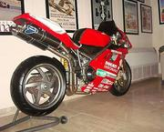 2001 Ducati 996 S WITH ONLY 2, 227 MILLES